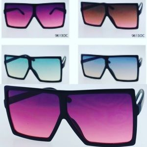 Accessories - Oversized two-toned Square Sunglasses